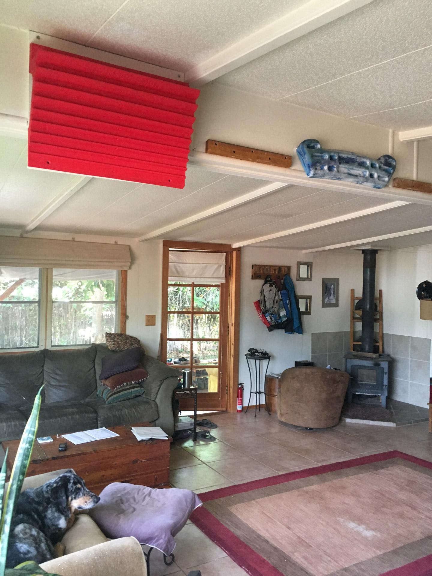 eva-lopez-transgression-hangboard