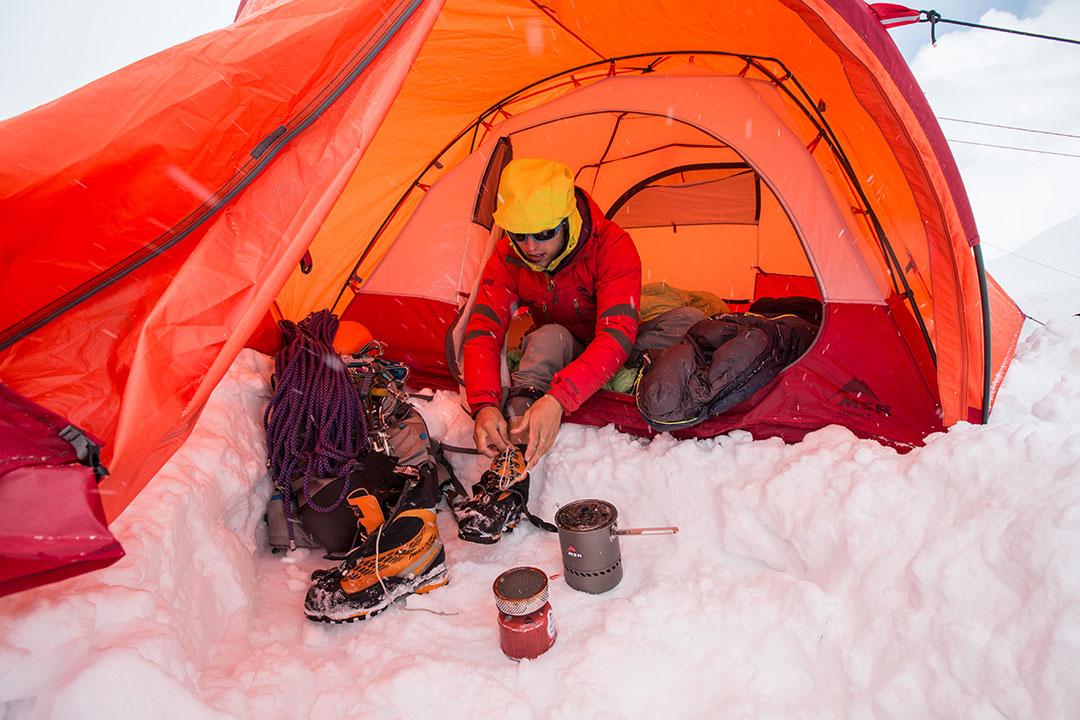 msr-blog-3-season-vs-4-season-tents-Eric-Larsen-1