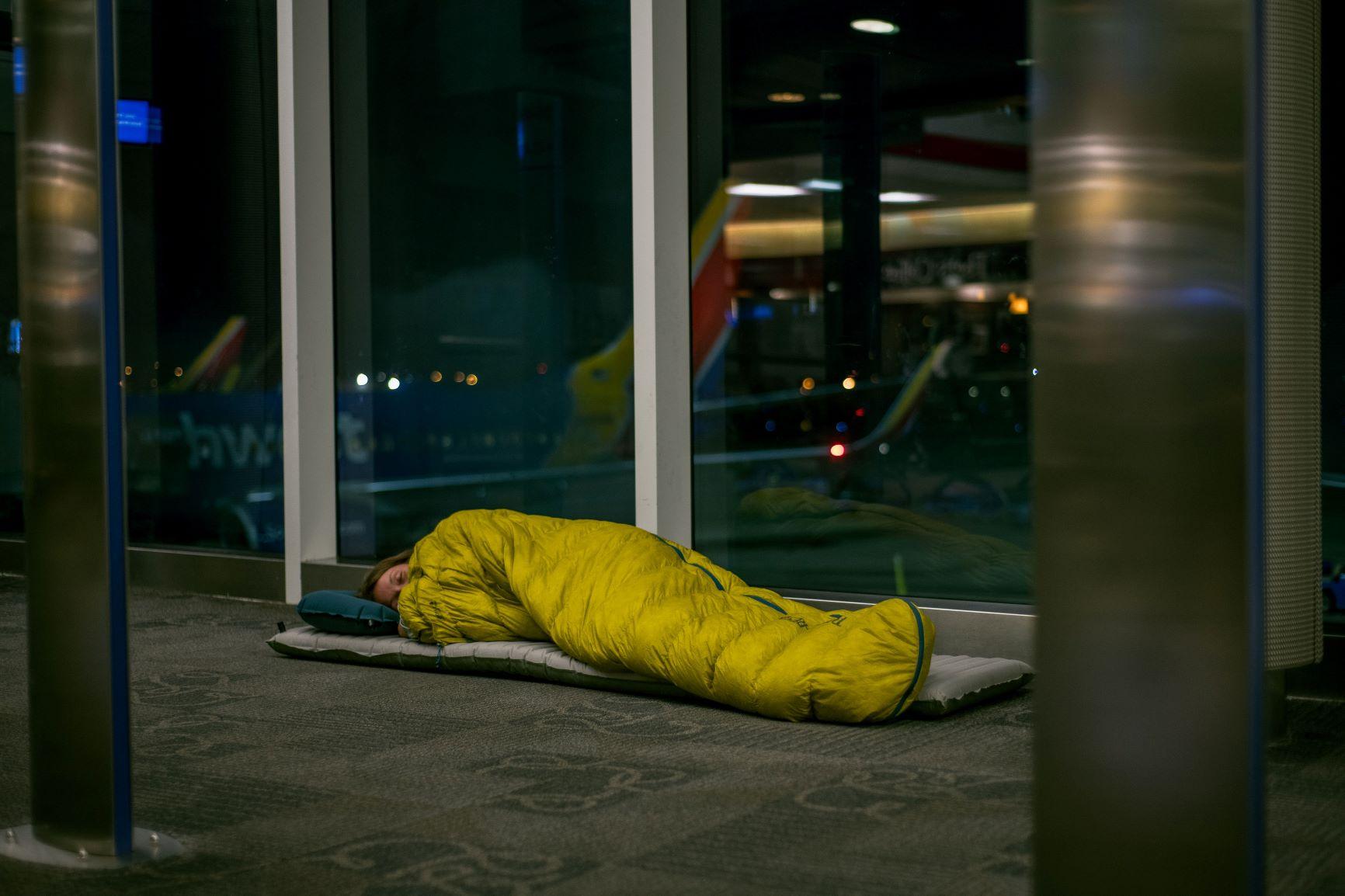 airport-camping