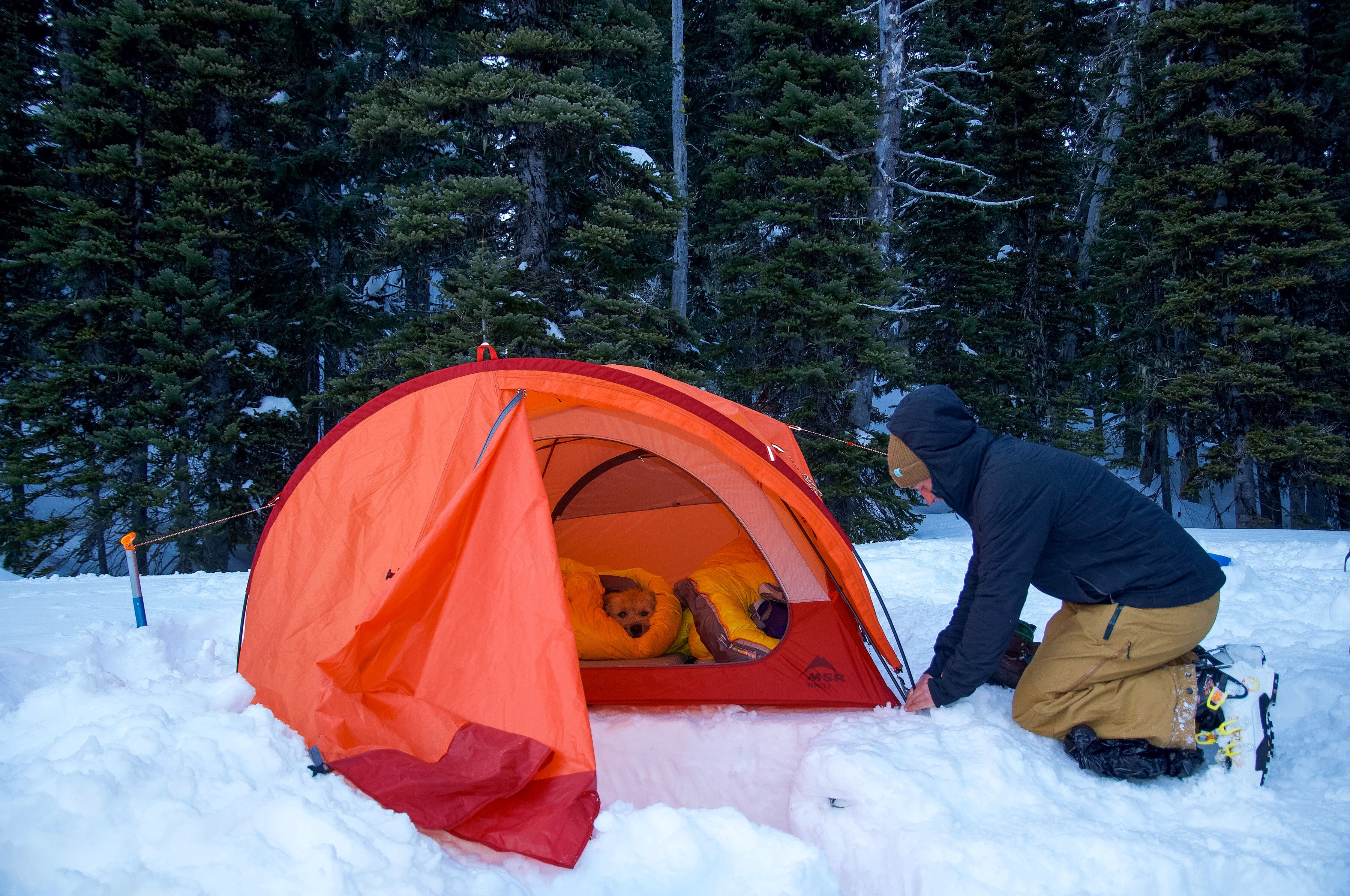 snow-camping