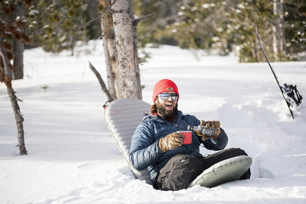 winter-camping-fun